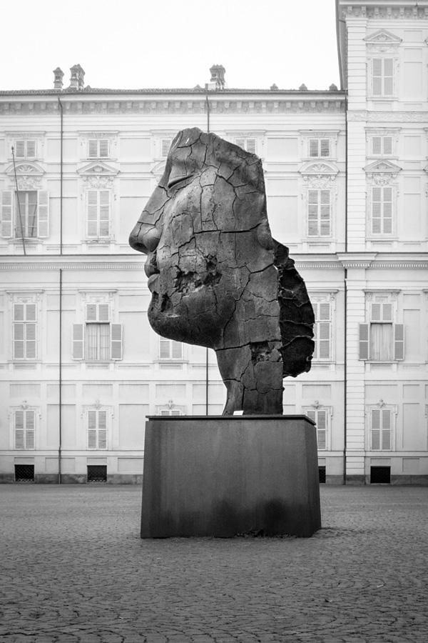 Igor Mitoraj-qidye-1